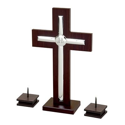 Kreuz + Leuchter für Weihnachtsumzüge des Pfarrers